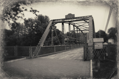 Simsbury Flower Bridge_Monochrome_2020