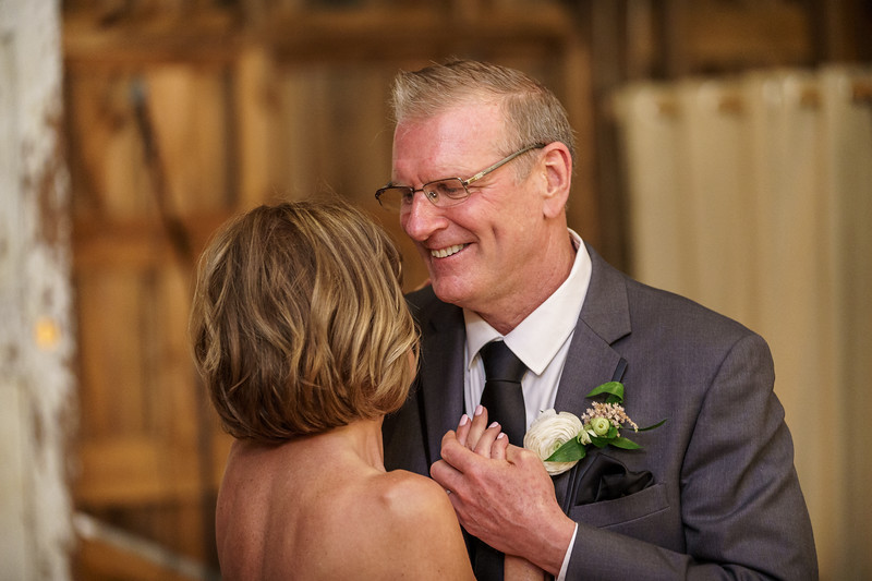 20190601-185541_[Deb and Steve - the reception]_0468.jpg