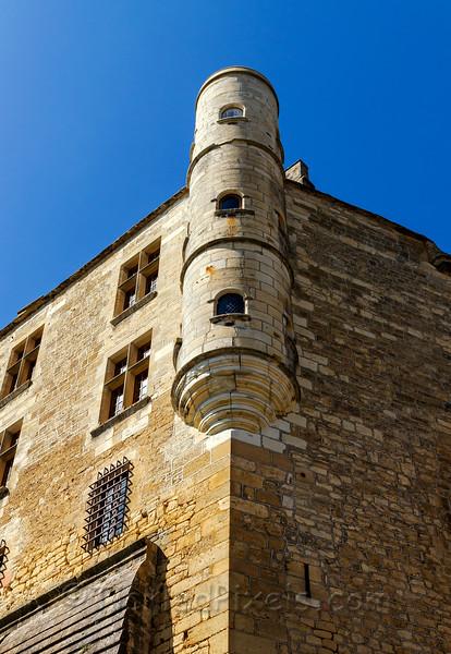 Round Tower.jpg