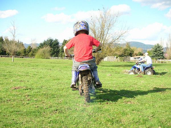 07-03-25 Kids riding at Gabes