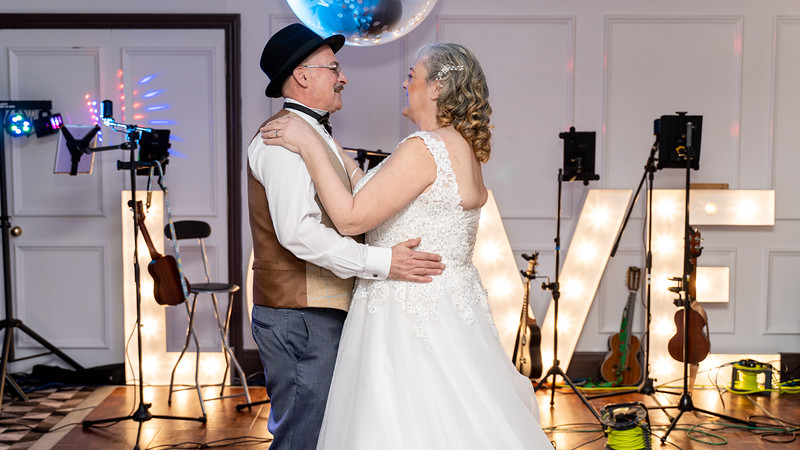 Sharon and Kevin 4k-389.jpg