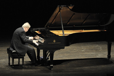 Emanuel Ax: Community Theater