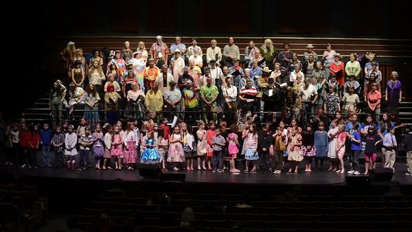 Concert Choir kids Broadway