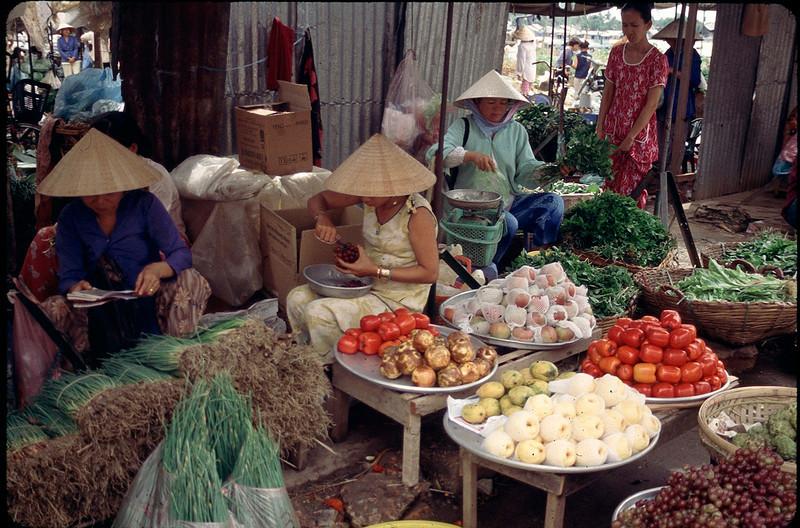 VietnamSingapore1_025.jpg