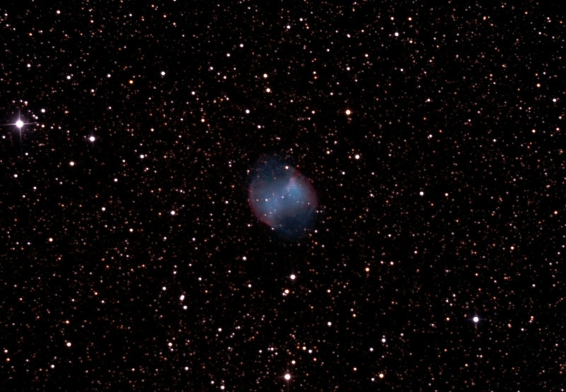 Messier M27 - NGC6853 - Dumbbell (or Apple Core) Nebula - 19/5/2012 (Processed and cropped stack)
