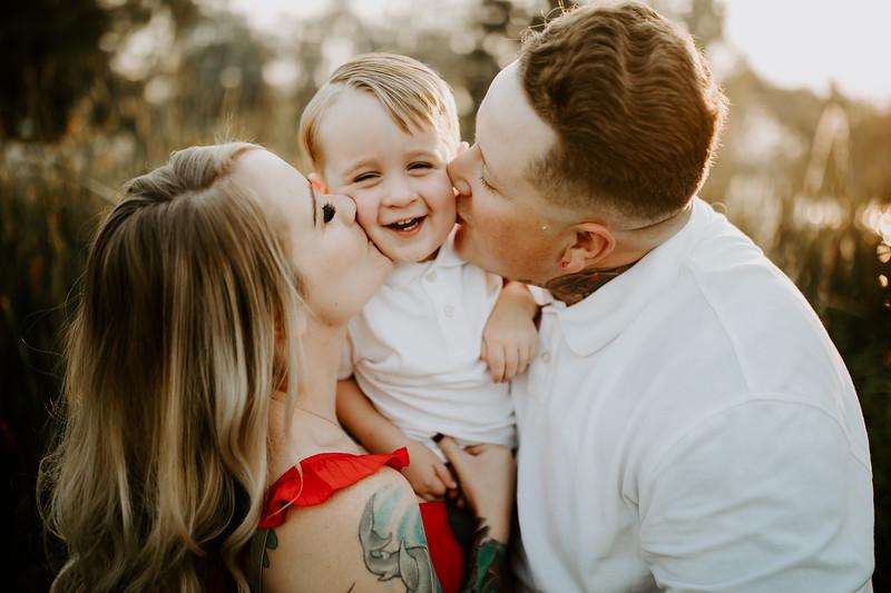 Lauren Family 02-12.jpg