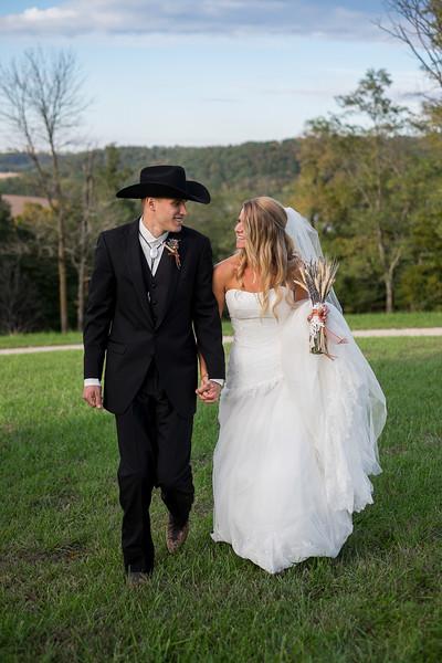 KALandrum_Wedding_Colonel_Bolton_Home_Jefferson_City_MO_Photographer-23.JPG