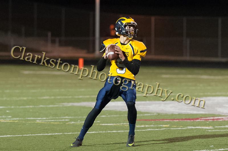 2015 Clarkston Varsity Football vs. Oak Park -116.jpg