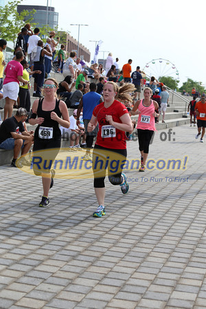 Finish Gallery 3 - 2013 River Days 5K