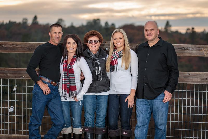 11-25 Mel's Family-138.jpg