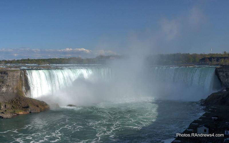 20160518_Niagara Falls_0598_599_600_tonemappeda.jpg
