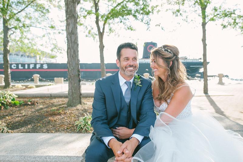 00258 Cleveland Wedding Photographer.jpg