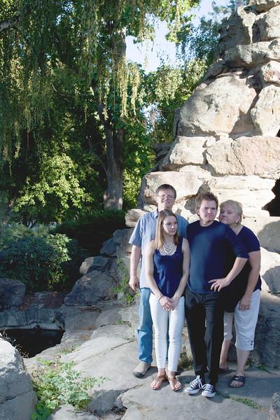 FamilyPortrait_8.20.16_26.jpg