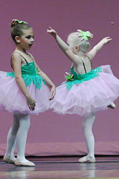 dance_050209_164.jpg