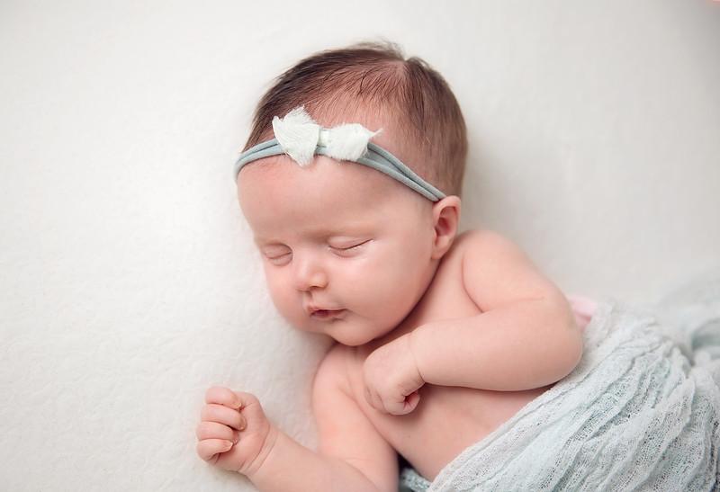 Newborn_Photographers_Meath_relaxed.jpg