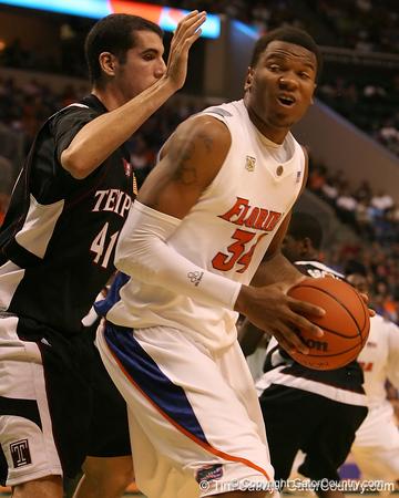 Men's Basketball vs. Temple, 12/29/07