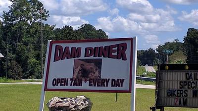 Duck's Dam Diner