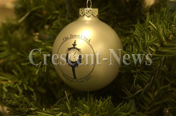 10-31-13 NEWS Ornament