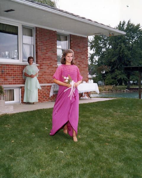 1978 Teri's bridesmade.jpeg