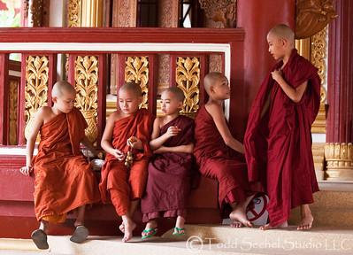 Golden Triangle (Chiang Rai-Thailand, Laos, Myanmar)