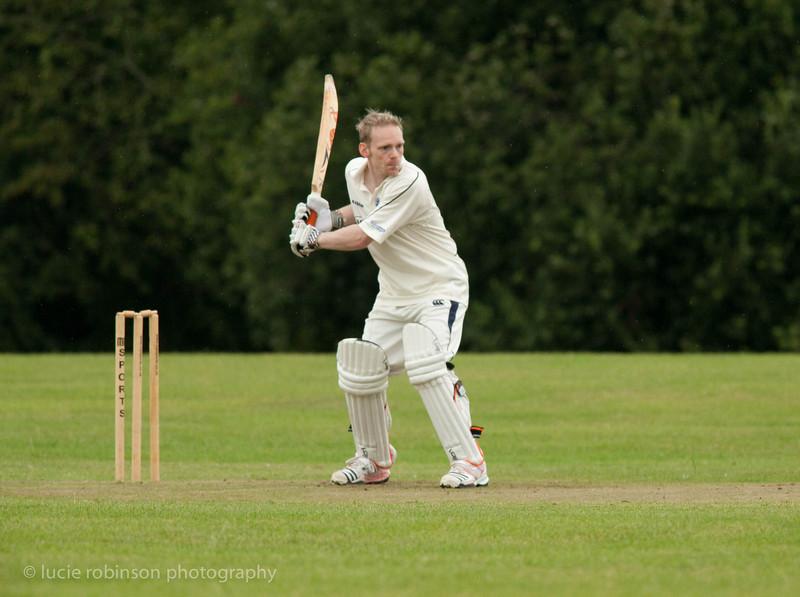 110820 - cricket - 150-2.jpg