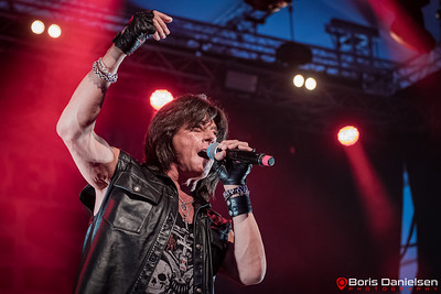 Come Taste The Band feat. Doogie White w/ special guest Joe Lynn Turner.
