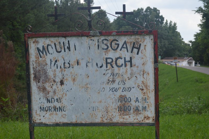 143 Mount Pisgah MB Church.jpg