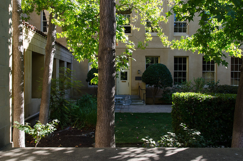 20130914-Campus shots Sept13-5656.jpg