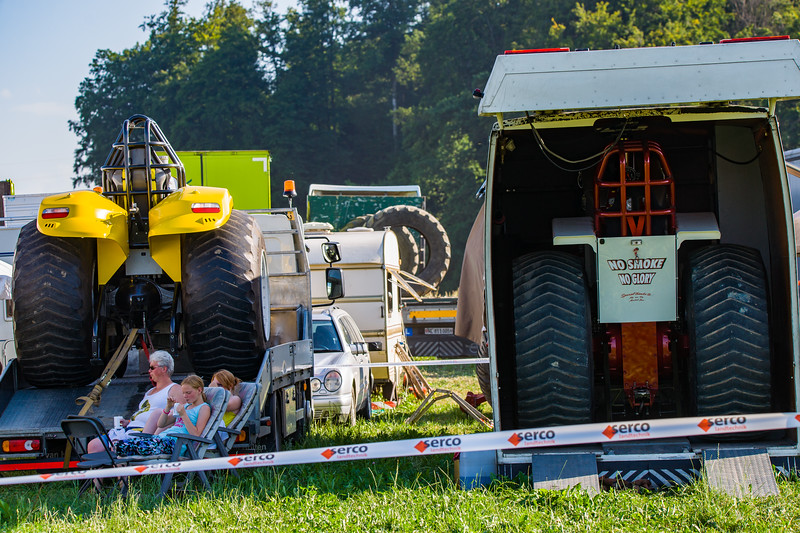 Tractor Pulling 2015-01584.jpg