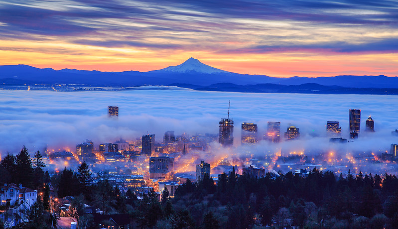 foggy sunrise of Portland.jpg