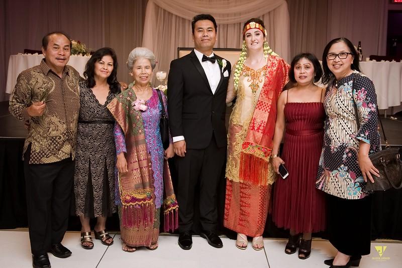Wedding of Elaine and Jon -693.jpg