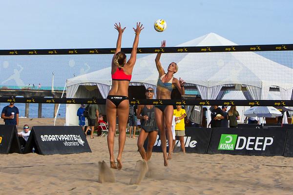 Volleyball Manhattan Beach AVP Working 2017