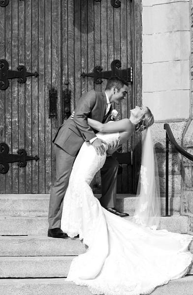 Bride and Groom_11 BW.jpg