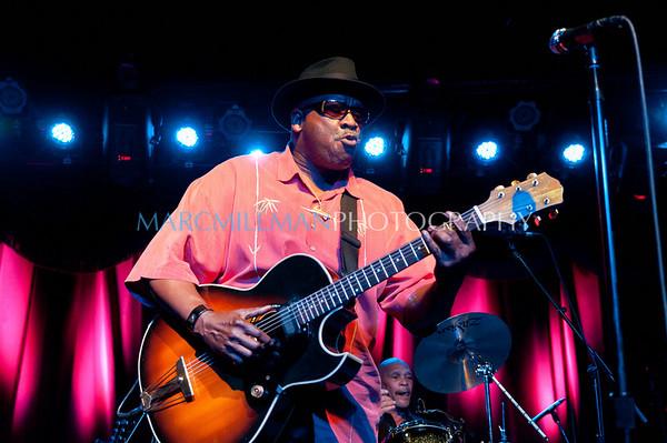 Taj Mahal @ Brooklyn Bowl (Sun 4/10/11)