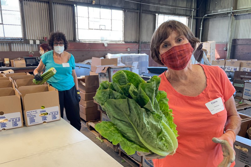 abrahamic-alliance-international-abrahamic-reunion-compassion-farm-box-packing-san-jose-veggielution-2021-09-13-09-50-26-aai.jpg