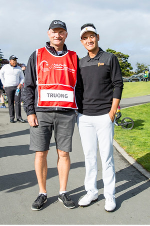 Chi Quan Truong from Vietnam with his caddy John Rollins after  hitting off the 1st tee on Day 1 of competition in the Asia-Pacific Amateur Championship tournament 2017 held at Royal Wellington Golf Club, in Heretaunga, Upper Hutt, New Zealand from 26 - 29 October 2017. Copyright John Mathews 2017.   www.megasportmedia.co.nz