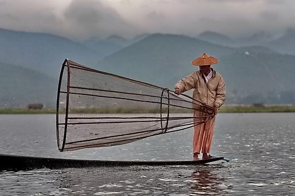 Pêcheurs sur le lac Inle