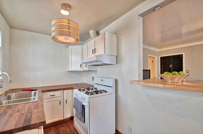Kitchen2 - Version 2.jpg