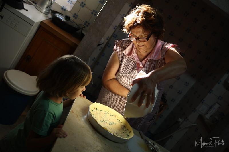 Portugal 2012   Sara observing Linda making quiche