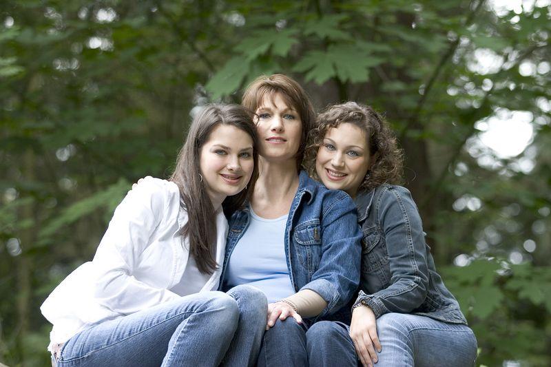 Family_T037.jpg