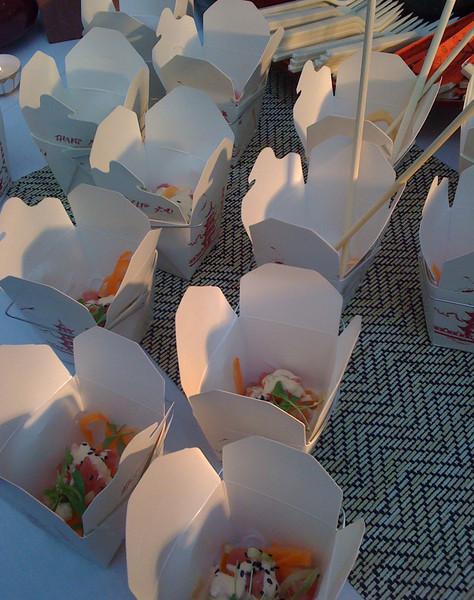 Tuna snack boxes