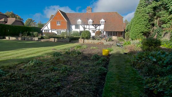 Gardening with Paul - 16 October 2014