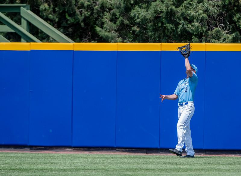 05_18_19_baseball_senior_day-0347.jpg