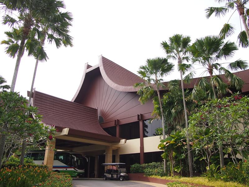 P4064700-rasa-wing-entrance.JPG