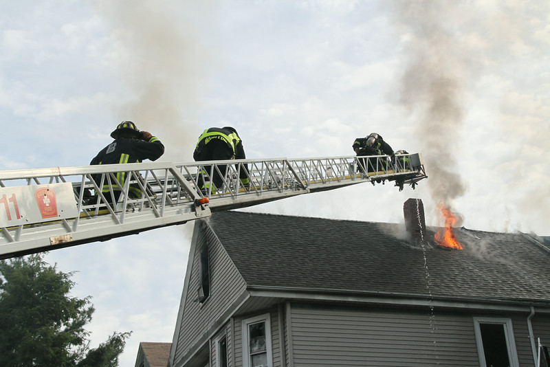 8-21-14, Boston - 4th Alarm 105 Murdock Street 096.JPG