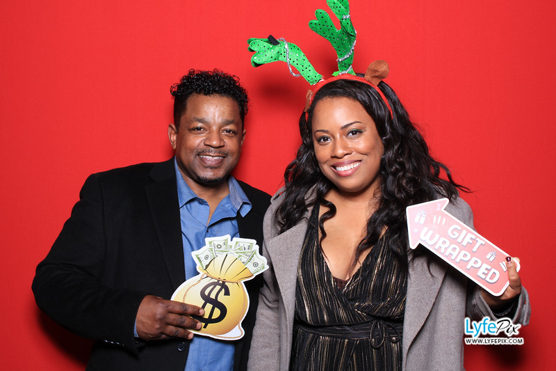 eastern-2018-holiday-party-sterling-virginia-photo-booth-0256.jpg
