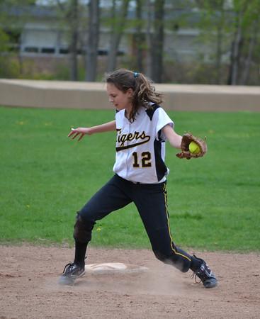 DHHS JV Softball 2011