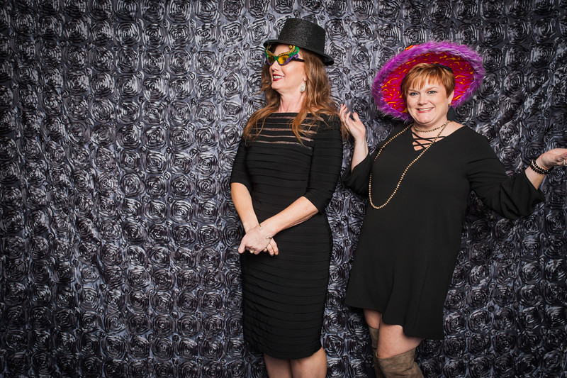 Lynn + Nancy Photobooth-87.jpg