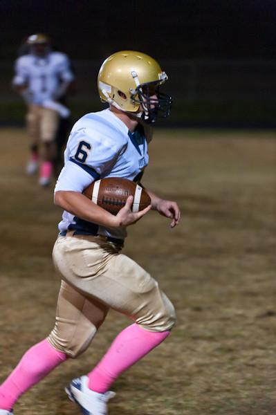 Sports-Football-Pulaski Academy vs Robinson 102811-7.jpg