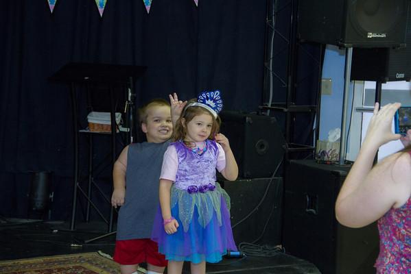 2013-08-10 Annaliese 4th Birthday Party